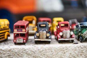 Zabawki dla chłopców, czyli garaż na auta